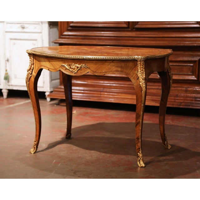 19th Century French Louis XV Oval Walnut Marquetry and Bronze Center Table For Sale - Image 11 of 13
