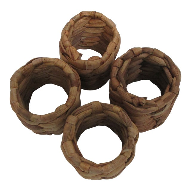 Set of (4) Round Seagrass Napkins Holders For Sale