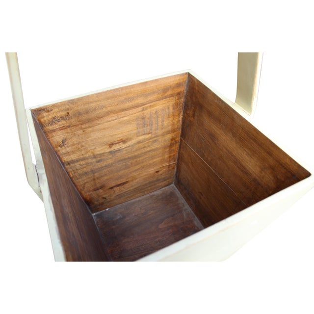 Chinese Traditional Chinese Village Vintage Wood Off White Square Handle Bucket For Sale - Image 3 of 6