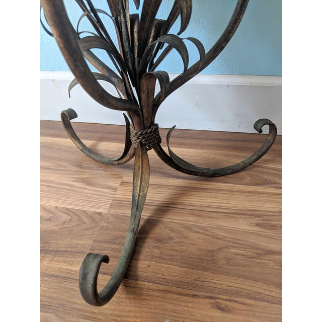 20th Century Hollywood Regency Gilt Tole Lily Flower Side Table For Sale In Houston - Image 6 of 11