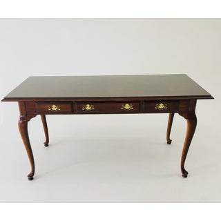 1980s Vintage Queen Anne Style Writing Desk Preview