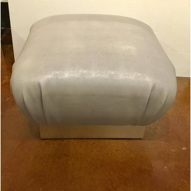 Excellent Worlds Away Modern Gray Faux Shagreen Sydney Ottoman Gmtry Best Dining Table And Chair Ideas Images Gmtryco