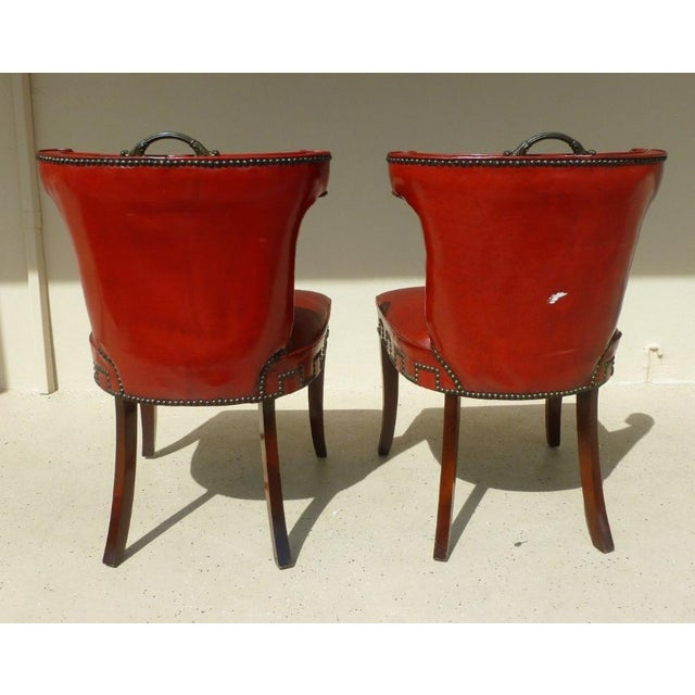 1940s 40's Klismos Dorothy Draper Style Hollywood Regency Red Leather and Brass Tack Chairs -A Pair- P For Sale - Image 5 of 8