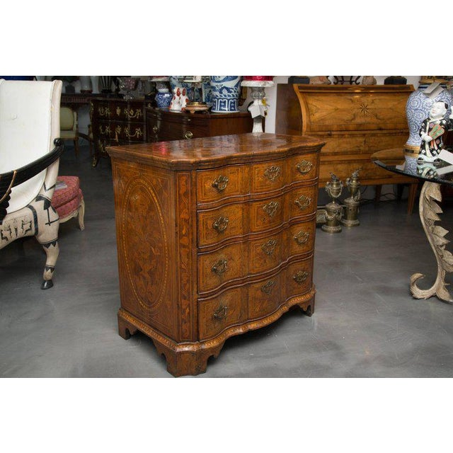 18th Century Dutch Walut Marquetry Chest - Image 10 of 11