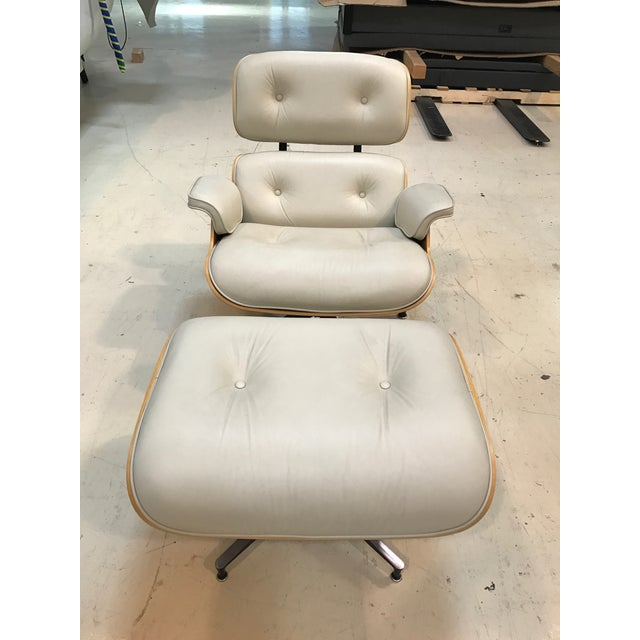 Herman Miller Lounge Chair & Ottoman - Image 2 of 9