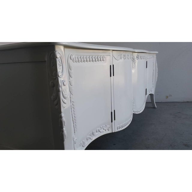 French Provincial Farmhouse Style White Buffet - Image 4 of 7