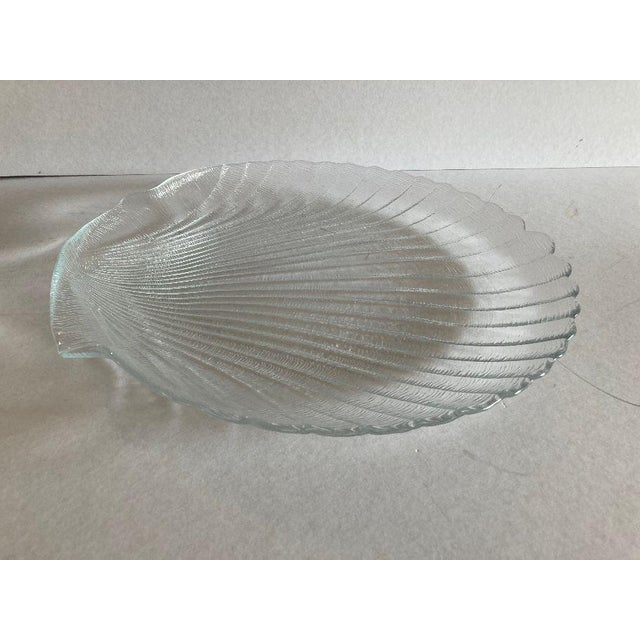 1990's Clamshell Glass Serving Plate For Sale - Image 4 of 5