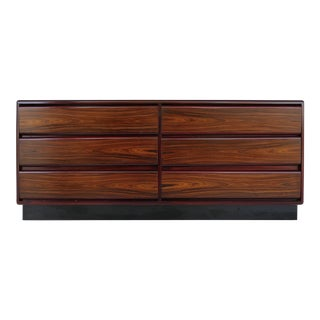 Scandinavian Rosewood Dresser, Attributed to Poul Hundevad For Sale