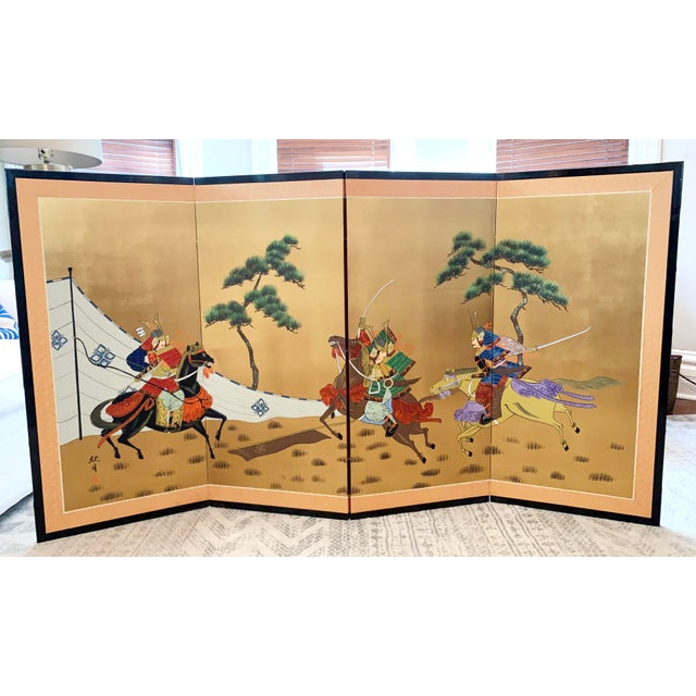 Japanese Vintage Japanese Gold-Leaf Byobu 4 Panel Folding Screen with Three Samurai on Horseback and Pines For Sale - Image 3 of 13