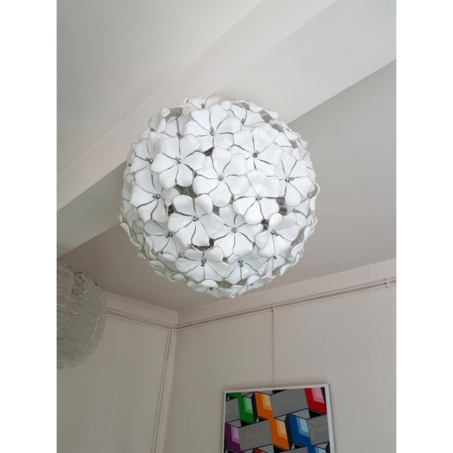 Italian Large Murano White Flowers Chandelier, by Mazzega, Mid Century Modern, 1970s For Sale - Image 3 of 7
