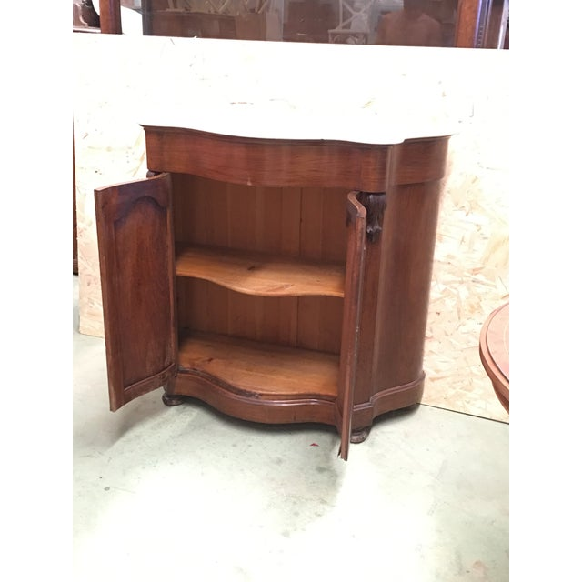 19th Century Walnut and White Marble Linen Press With One Door For Sale - Image 11 of 12