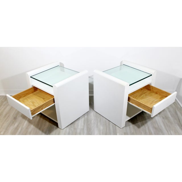 White 1980s Contemporary Modern White Lacquer & Glass Nightstands End Tables - a Pair For Sale - Image 8 of 9