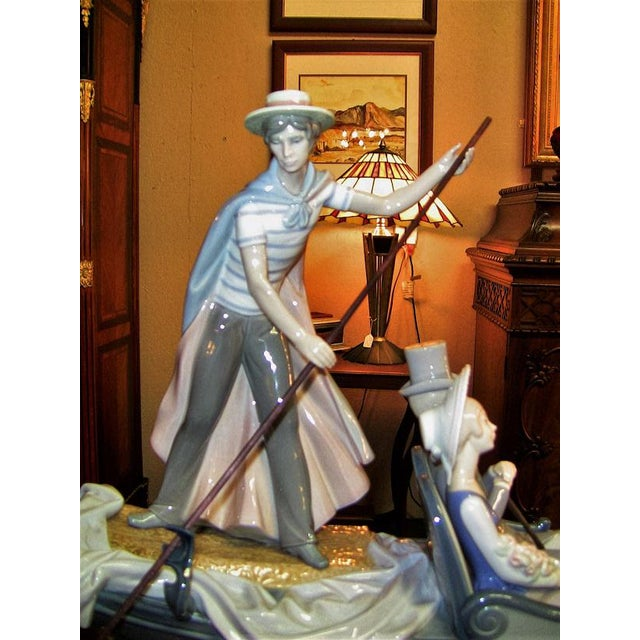 Late 20th Century Lladro in the Gondola Signed by Catala and Ruiz For Sale - Image 5 of 10