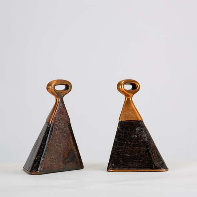 Mid-Century Modern Pair of Copper and Leather Bookends by Ben Seibel for Raymor For Sale - Image 3 of 10