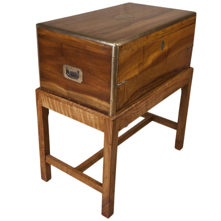 Excellent Rare Camphor Wood British Campaign Officer S Lap Desk On Stand Decaso