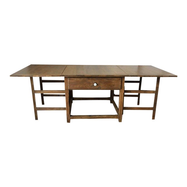 Spanish, 18th Century Drop-Leaf Table with Four Gate-Leg and Three Drawers For Sale