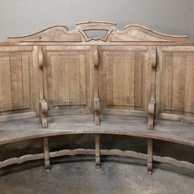 18th Century Rounded Foyer ~ Bay Bench For Sale - Image 9 of 10