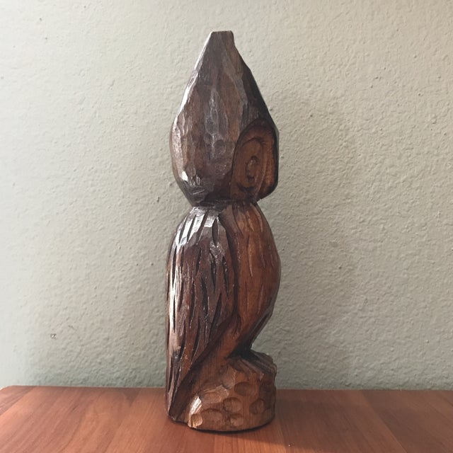 Lovely vintage primitive style hand carved owl figure. Nice rustic hand crafted piece.