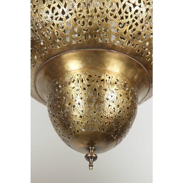 Large fabulous pierced Moroccan brass chandelier. Handcrafted vintage Moroccan pierced filigree polished brass light...