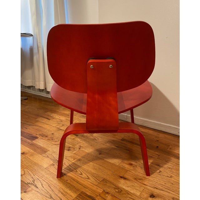 Modern Eames Molded Plywood Lounge Chair For Sale - Image 3 of 6