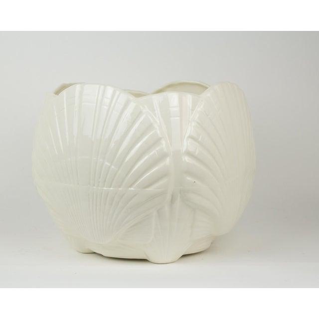 Haeger Large White Ceramic Sea Shell Planter Cache Pot For Sale - Image 4 of 10