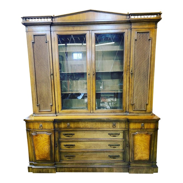 Thomasville Neoclassical Wood China Display Cabinet For Sale