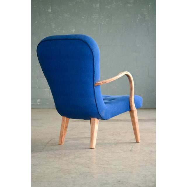 1950s Pair of 1950s Danish Lounge Chairs in the Style of the Clam Chair by Arctander For Sale - Image 5 of 11