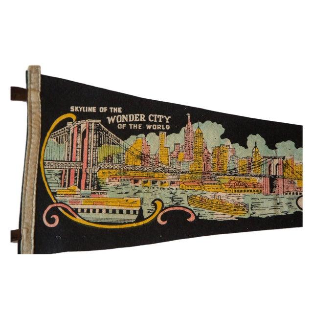 New York Wonder City Vintage Felt Flag - Image 2 of 3
