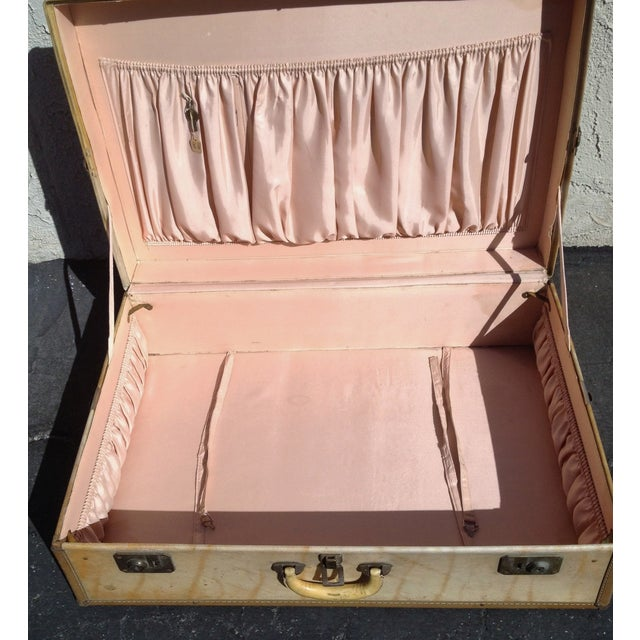 Vintage Vellum Parchment Luggage by Hartman For Sale In Los Angeles - Image 6 of 7
