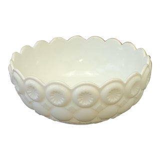 L.E. Smith Moon & Stars Milk Glass Serving Bowl For Sale
