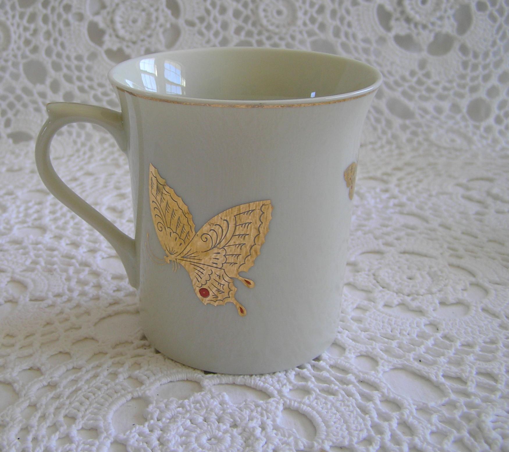 Takahashi San Francisco Porcelain Gold Leaf Butterfly Tea Cups   Set Of 4    Image 4