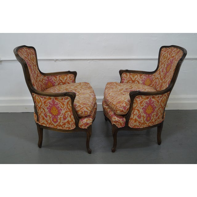French Louis XV Vintage Red Bergere Chairs - Pair - Image 3 of 10