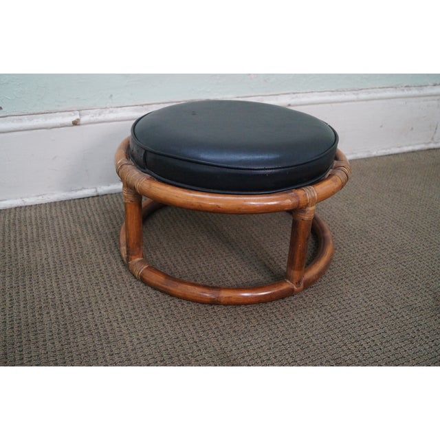 Vintage Round Rattan Bamboo Ottoman Footstool AGE/COUNTRY OF ORIGIN: Approx 75 years, America DETAILS/DESCRIPTION:...