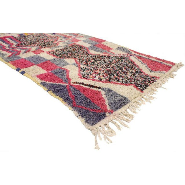 Expressionism Vintage Berber Moroccan Azilal Rug With Post-Modern Memphis Style, 03'10 X 07'01 For Sale - Image 3 of 4