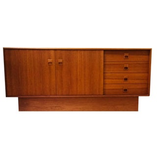 1970s Danish Modern Teak Credenza Floating Sliding Doors Console For Sale