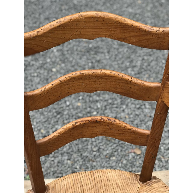Set of 6 vintage Hickory Chair Charles X style wood dining chairs with rush seats. The pieces are from the 1980s.