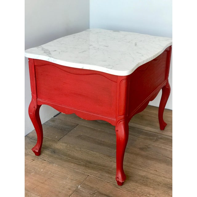 Carrara Marble Antique Hammary French Provincial Marble Side Tables - A Pair For Sale - Image 7 of 13