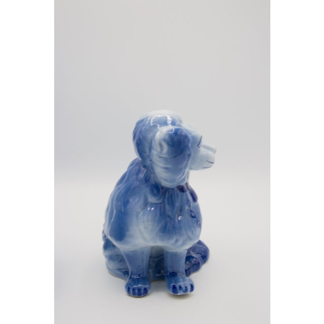 1910s Staffordshire Style Blue Spaniel Figurines - a Pair For Sale - Image 5 of 11