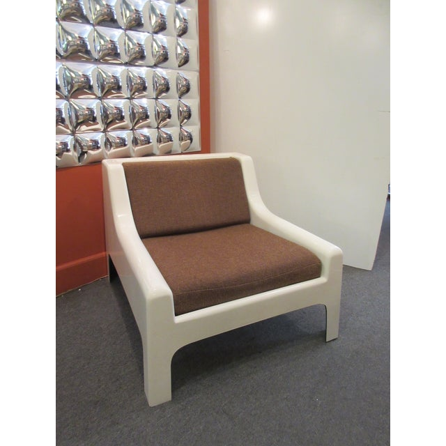Cappellini Sofa and Chair set in Painted White Fiberglass - Image 4 of 10