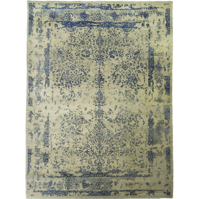 "Erased Hand-Knotted Luxury Rug - 8'11"" x 11'11"" For Sale"