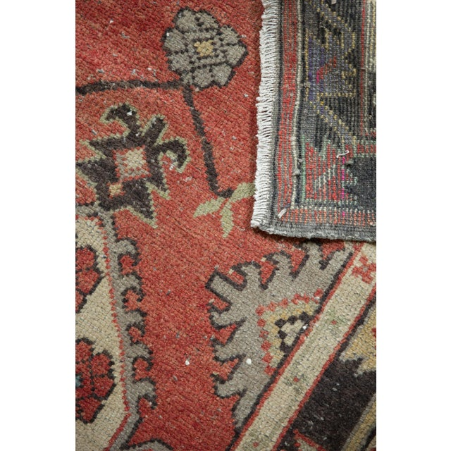 """Vintage Distressed Oushak Rug Runner - 2'7"""" X 5'4"""" For Sale In New York - Image 6 of 11"""