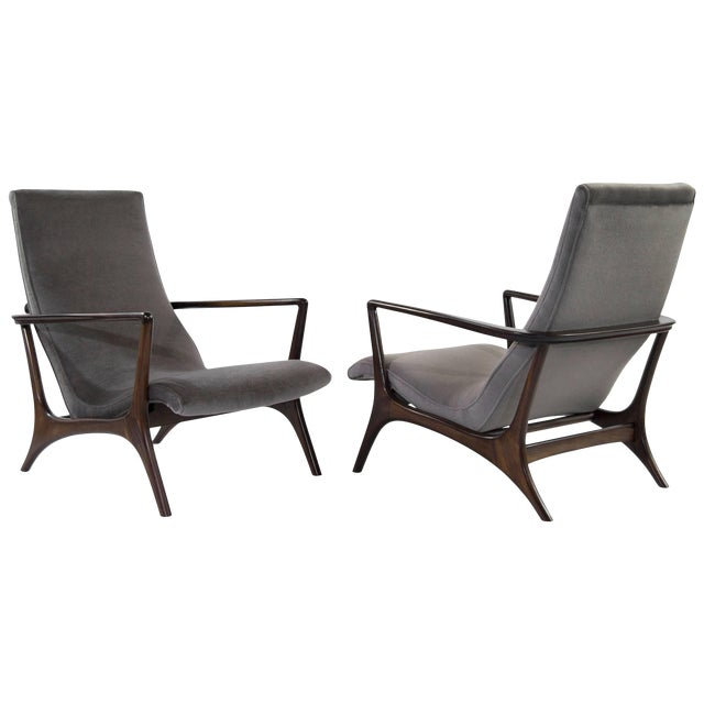 Contour Lounge Chairs, Attr. To Vladimir Kagan For Sale