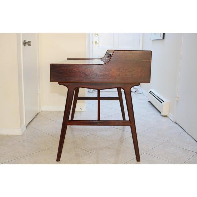 Vintage Arne Wahl Iversen Model 64 Rosewood Vinde Mobelfabrik Desk For Sale In New York - Image 6 of 13
