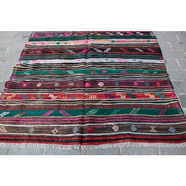 Turkish Kilim Rug - 8' 8'' X 5' 10'' For Sale - Image 4 of 11