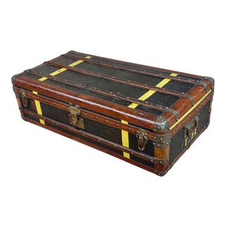 Goyard 1920s Beautiful French Vintage Leather Steamer Trunk For Sale