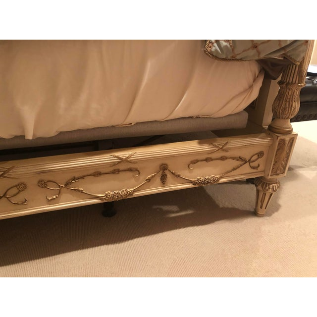 French Ej Victor Newport Headboard & Footboard For Sale - Image 3 of 5