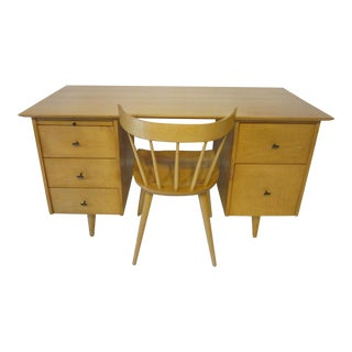 Paul McCobb Planner Group Desk With Spindle Back Chair For Sale
