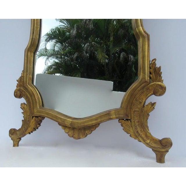 Vintage C.1950's Hollywood Regency Era Italian Venetian Gilt Gold Leaf Carved Mirror For Sale - Image 9 of 13