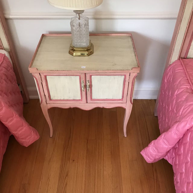 French John Widdicomb Painted Pink Night Stand Side Table For Sale - Image 3 of 6