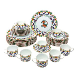 """Vintage """"Taitu Ming"""" Stamped China Collection - 8 Place Setting - Set of 32 For Sale"""